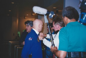 Joe Toplyn with Jay Leno and astronaut Story Musgrave at Space Center Houston, February 19, 1995.